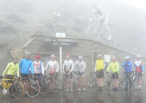 Col_du_Tourmalet_group_shot2.jpg